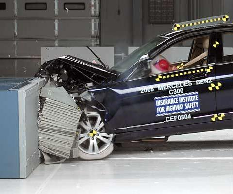2009 Mercedes C-Class IIHS Top Safety Pick