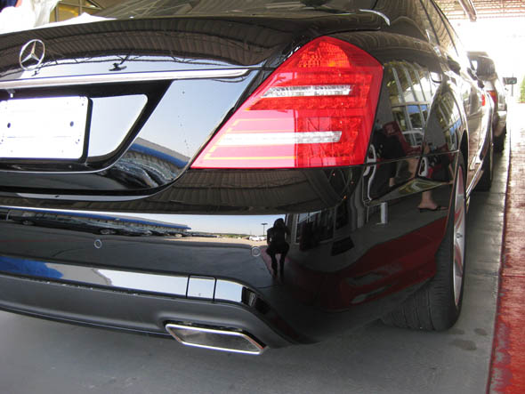 Mercedes 2010 S550 Rear Bumper Lights